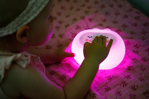InnoGIO Silikonowa szumiąca lampka nocna GIOsleepy Bunny GIO-134 (23)