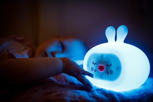 InnoGIO Silikonowa szumiąca lampka nocna GIOsleepy Bunny GIO-134 (11)